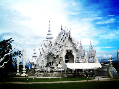 1. Wat Rong Khun, Thailand1