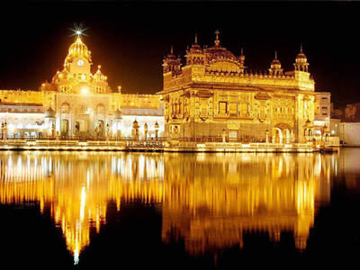 2. The Golden Temple, India